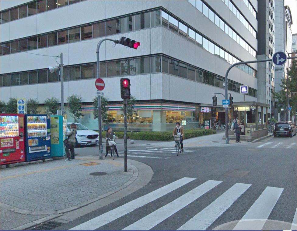 堺筋本町駅3番出口よりお電話ください